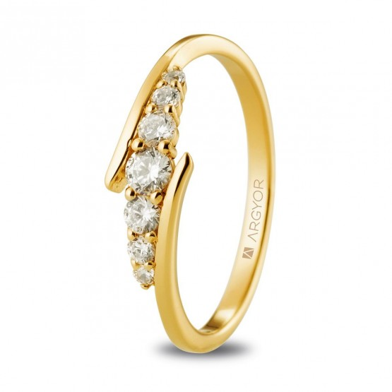 Anillo de diamantes en oro amarillo 18 quilates (74A0074)