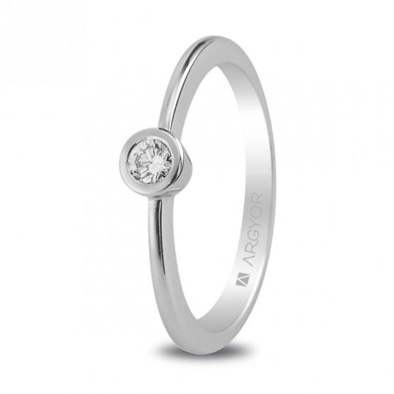 Anillo de platino de compromiso con diamante (74B0006)