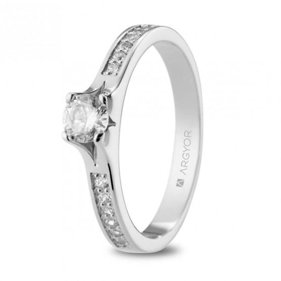 Anillo de platino de compromiso con diamantes 0.48ct (74B0107)