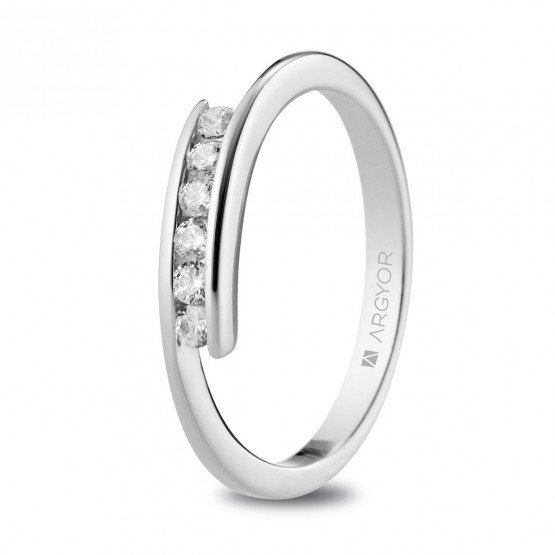 Anillo de platino con 6 diamantes 0.18ct (74B0100)