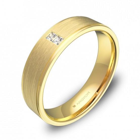 Alianza de boda plana con biseles en oro con diamantes C0150C2PA