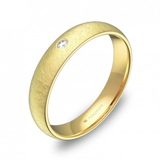 Alianza de 4,0mm en oro amarillo hielo con diamante A0140H1BA