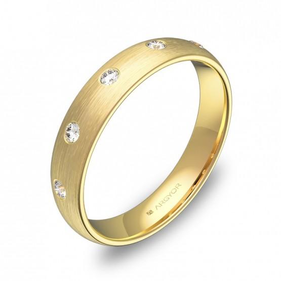 Alianza de media caña gruesa en oro amarillo con diamantes A0140S5BA
