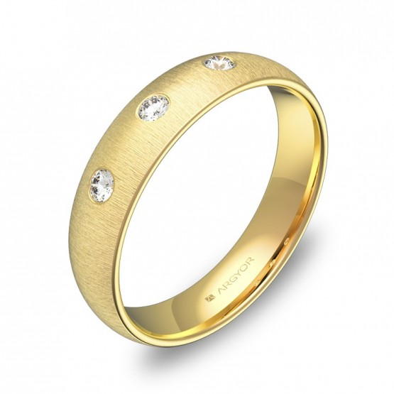 Alianza de boda de media caña 4,5mm en oro con diamantes A0145T3BA