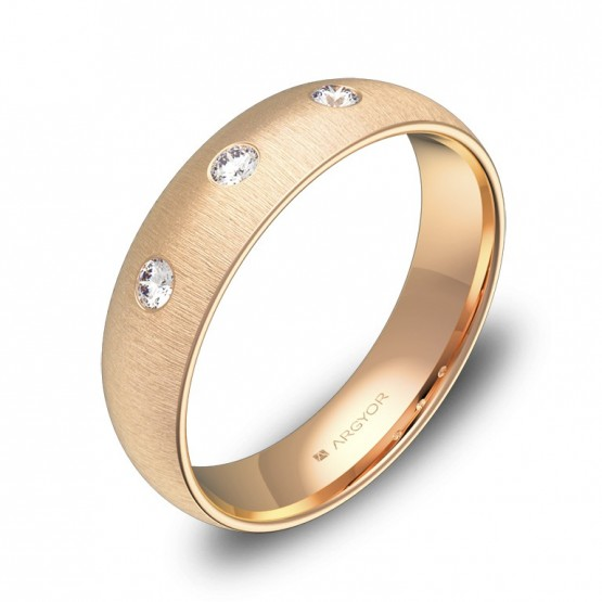 Alianza de oro rosa media caña gruesa 3 diamantes A0150T3BR