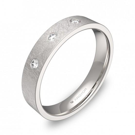 Alianza de boda de oro blanco plana gruesa con 3 diamantes B0140H3BB