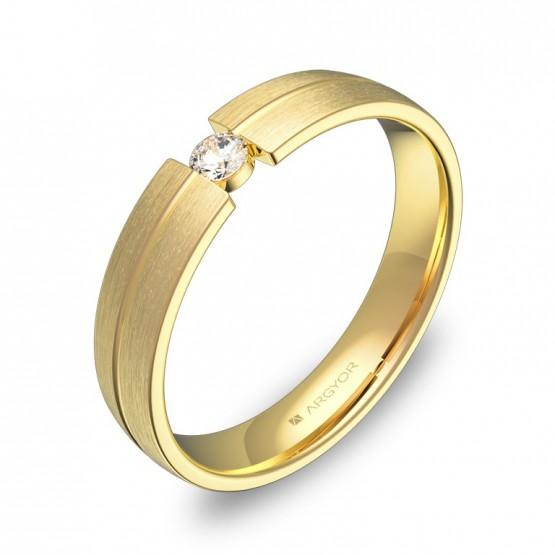 Alianza de boda en oro amarillo con ranuras y diamante C0440S1BA