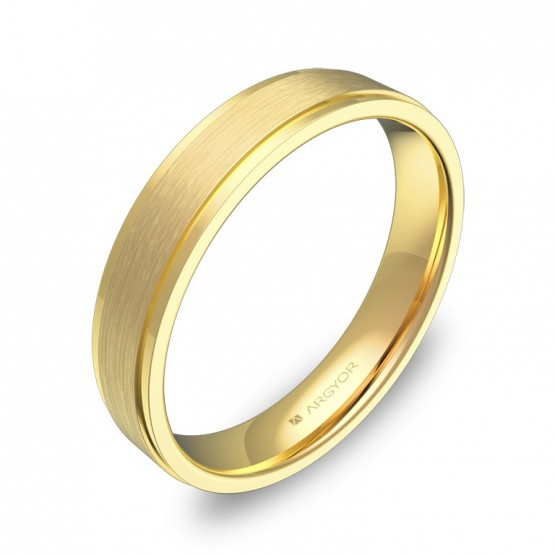 Alianza de boda plana con biseles en oro amarillo combinado C1040C00A